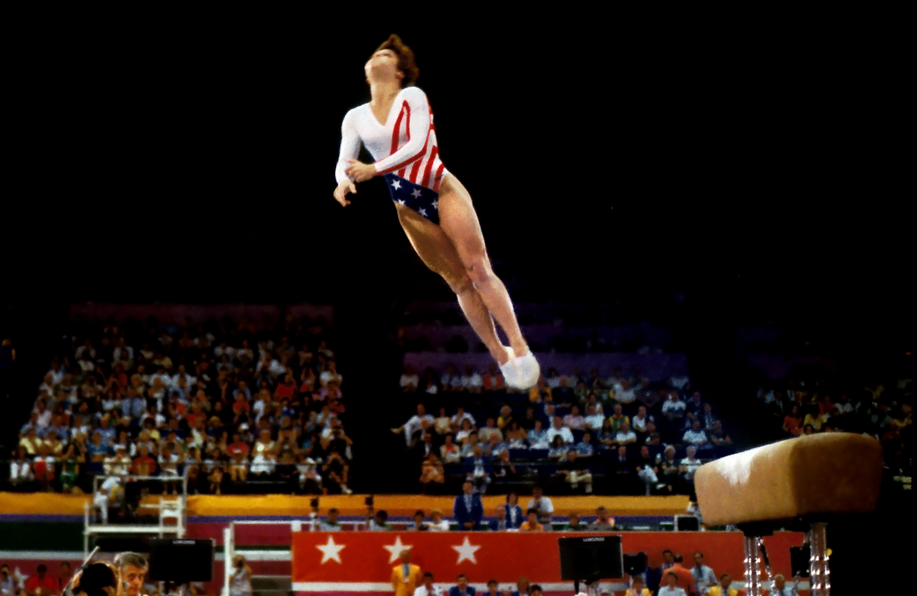 Mary-Lou-Retton-Perfect-Score-10-Vault-1984-Olympics-300dpi